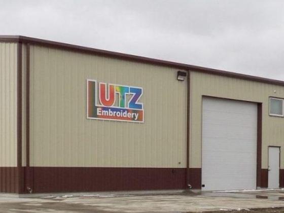 Storefront of Lutz Embroidery/Engraving Norfolk, Nebraska